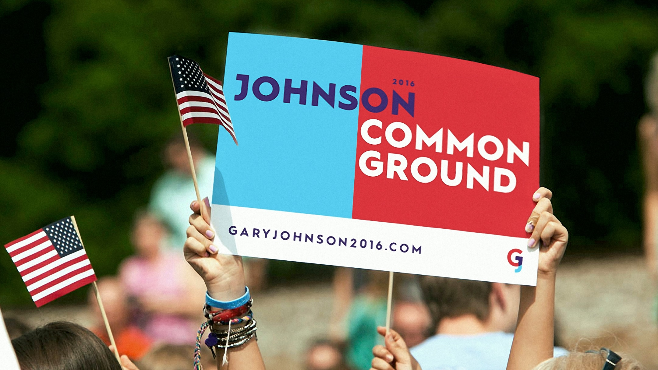 Gary Johnson spec campaign poster in crowd